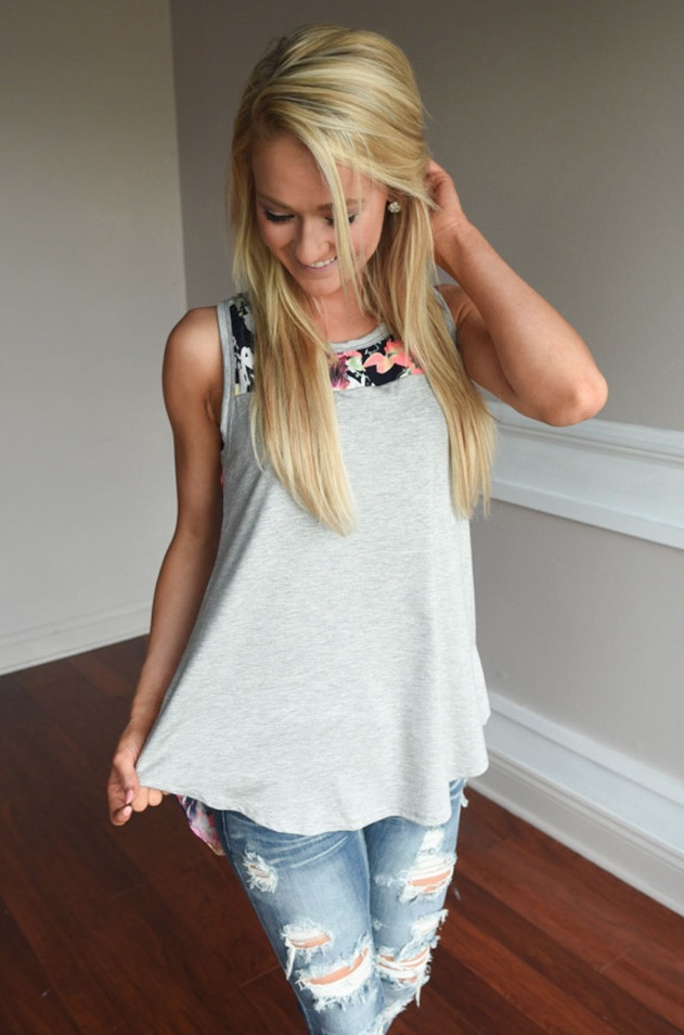 Sleeveless O-neck Printed Patchwork Shirt